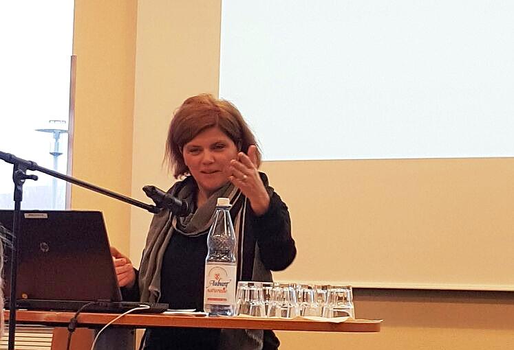 Vortrag: Ines Schwarzarius